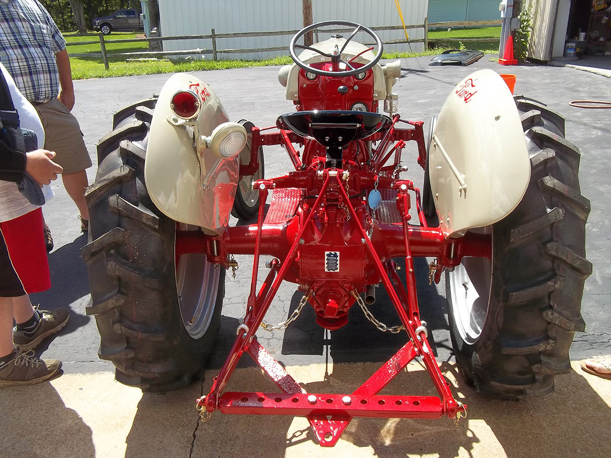 Used Tractors For Sale >> Ford 8N Photos – Arthurs Tractors